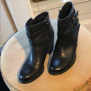 Naturalizer N5 Comfort Boots
